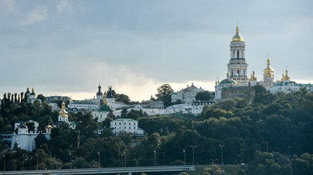 Братья Кличко украли особняк в центре Киева