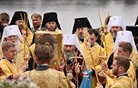 Война «без насилия». УПЦ переименуют, а бабушек остановит СБУ
