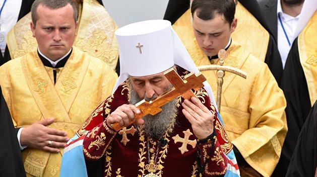 «Миротворец» угрожает членам Синода УПЦ, митрополит Онуфрий в опасности