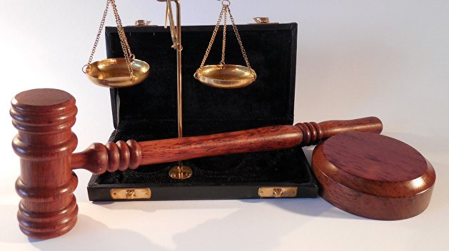 Напавших на председателя Высшей квалификационной комиссии судей отпустили домой