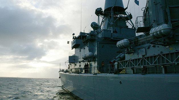 Мятежники захватили турецкий фрегат Yavuz  и командующего флотом