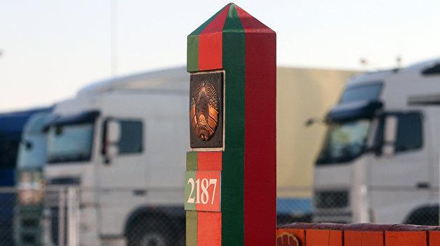 Белоруссия может установить на границе с Украиной российские комплексы досмотра