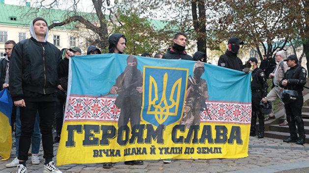 Неонацисты захватили храм Украинской православной церкви в Ивано-Франковской области