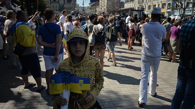 Журналист Чечило рассказал, кто точно не будет отдавать долги Киева