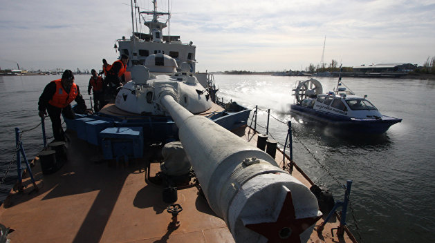 В Крыму предупредили, что в ответ на «морскую блокаду» будут стрелять