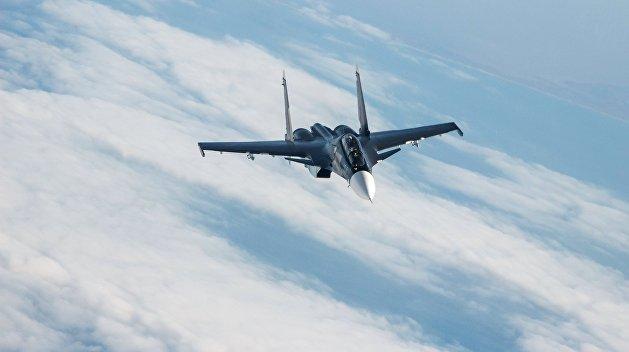 СМИ: Боевая авиация РФ осуществляет патрулирование Керченского пролива