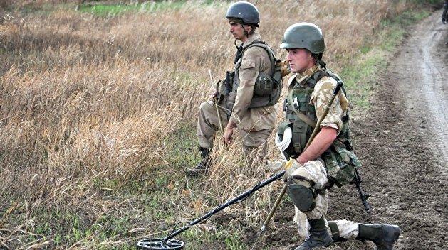 ЛНР: На линию соприкосновения в Донбассе прибыли украинские саперы
