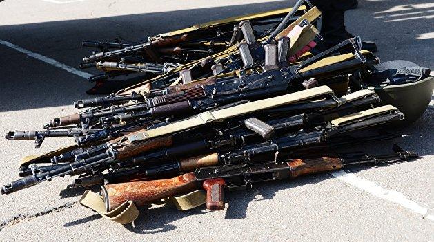 Сотни автоматов: житель Чехии годами снабжал украинца оружием