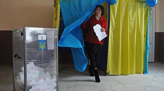 Парламентские выборы: Партия Тимошенко обходит блок Порошенко