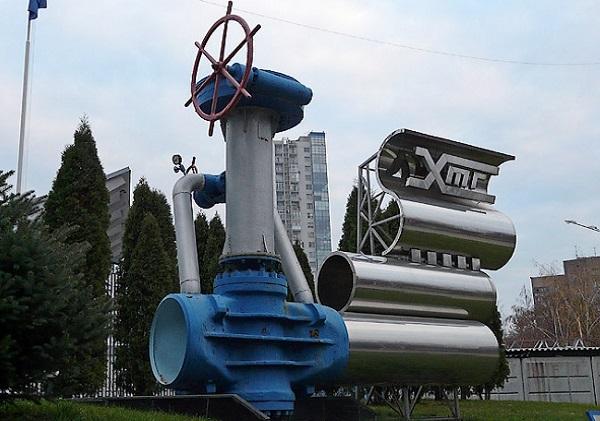 Яйца динозавра, уши КГБ и Аллея Бельмондо: странные памятники Харькова