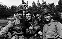 Боевое кино: Три поляка, грузин и собака