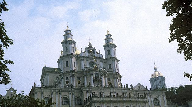 Украинский минюст отменил передачу Почаевской лавры канонической УПЦ