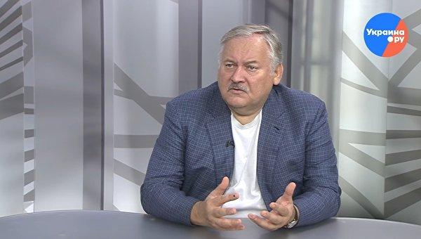 Затулин: Ошибкой было удерживать ополчение Донбасса