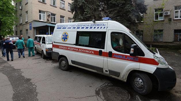 На Украине 12 человек попали в больницу после праздника в кафе