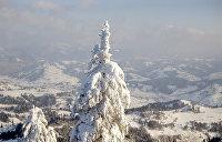 Снег и мороз. В Карпатах началась зима