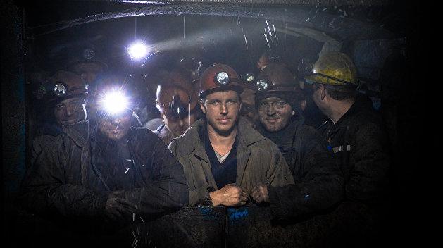 Горняк погиб из-за обвала породы на шахте подо Львовом