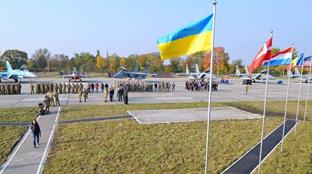 Иностранные военные смогут присутствовать на Украине в 2019 году после решения Рады