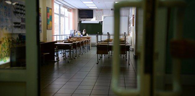Почти у половины школьных работников Житомира выявили коронавирус