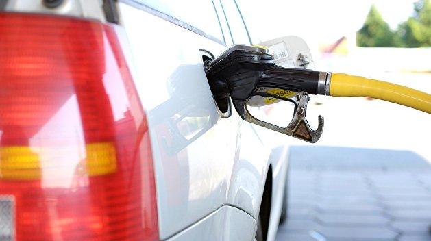 Стало известно, сколько миллиардов потеряла Украина от нелегальной торговли топливом