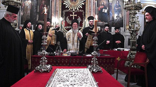Стали известны подробности решения Константинопольского патриархата по томосу