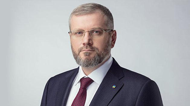 Вилкул: Мы должны начать переговоры с Россией, а не вводить военное положение