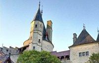 Как «мертвый» аферист из Одессы заработал на замок во Франции и картины Дали