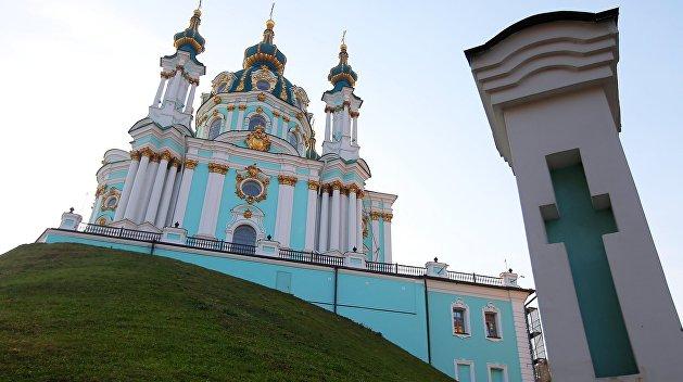 В Киеве задержан подозреваемый в нападении на Андреевскую церковь