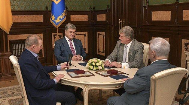 Алчность и глупость. Чем руководствовались капитулянты, убившие Украину