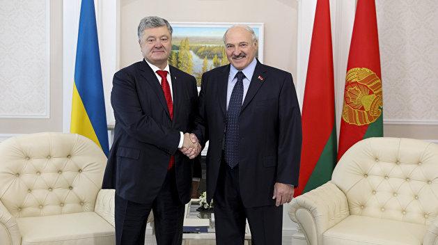 Порошенко в Гомеле заявил, что доверяет Лукашенко как самому себе