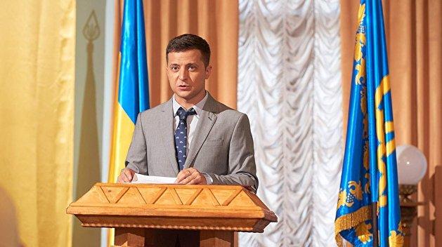 Корнейчук: Зеленский нужен Коломойскому, чтобы торговаться с новым президентом