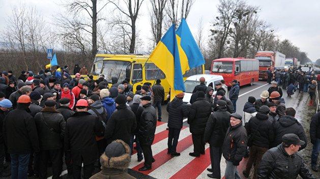 Львовские шахтеры празднуют победу
