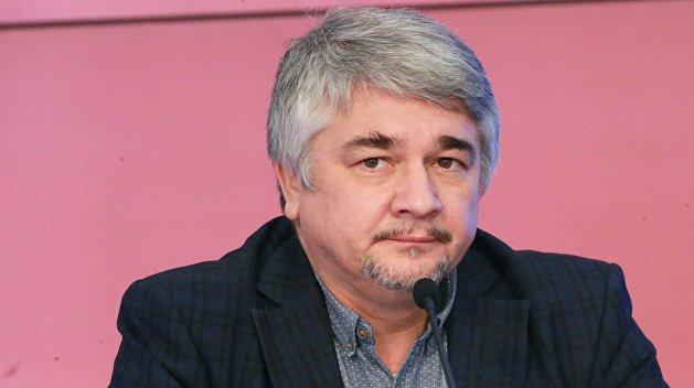 «Олигархи не будут менять свою позицию» — Ищенко о победе Зеленского