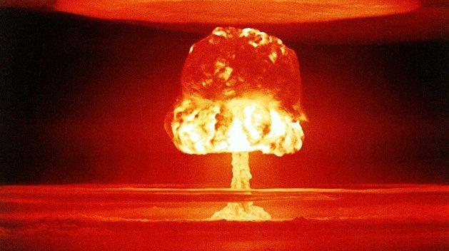 США признались в преступных планах разрушить Москву и Пекин ядерными ударами