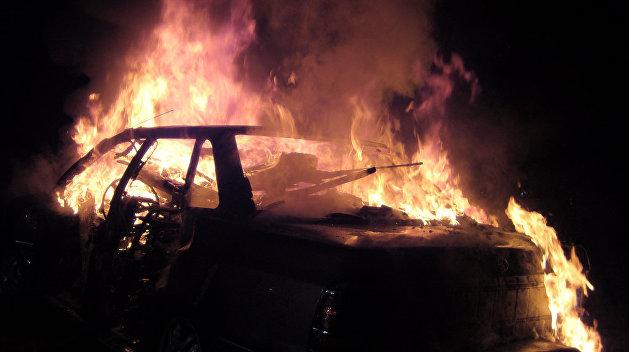 В Киеве полыхали гаражи, владельцы говорят о поджоге из-за разборок