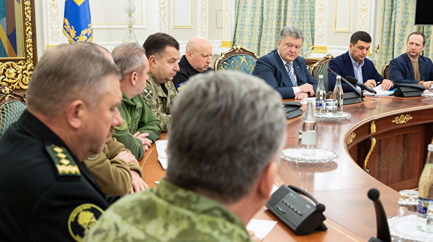 Эксперт: Военное положение ничего Украине не даст