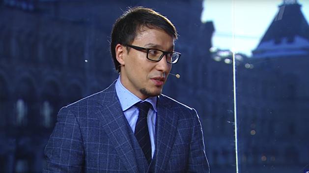 Политолог Абзалов: Россия не должна поддаваться на провокации Порошенко
