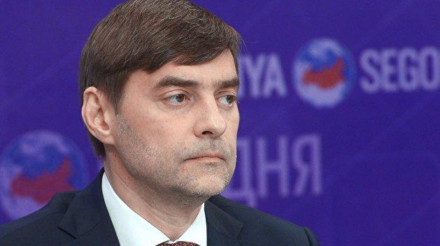 Железняк: Порошенко запугивает украинцев войной с Россией