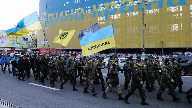 Военное положение: «Нацкорпус» формирует отряды неонацистов в Николаеве