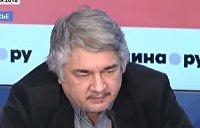Ищенко: Если бы катера утопили, Порошенко удалось бы перенести выборы