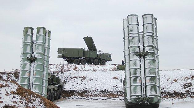 Доспехи бога: В Крыму освятили зенитно-ракетный комплекс С-400