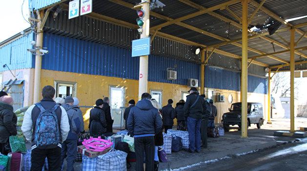 Источник: Во въезде на Украину отказывают не только российским мужчинам, но и женщинам