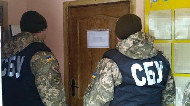 Кому война, а кому и мать родна. СБУ обыскала киевскую лабораторию Eurolab, спекулирующую тестами на коронавирус