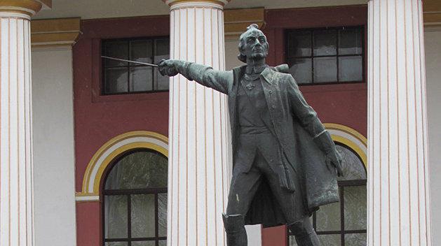 Место Суворова в Киевском военном лицее займёт памятник Ивану Богуну