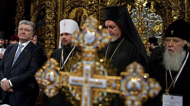 Серебрич: Украинская власть будет силой загонять священников в новую структуру