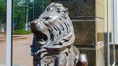В Одессе украли скульптуры львов