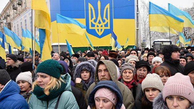 Чечило: На Украине не может идти речи о народовластии, пока там не появится народ