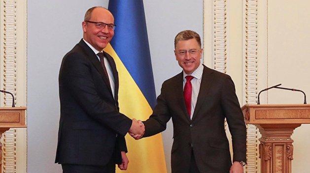 Попов: Запад боится, что Украина пойдет на сближение с Россией
