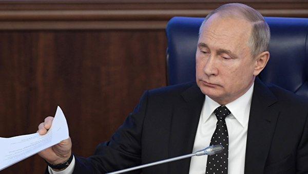 Тысячи людей ждут политубежища в РФ: Кремль меняет политику