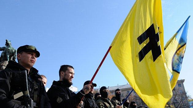 В Бердянске нацистам из «Азова» отдали в аренду целый стадион