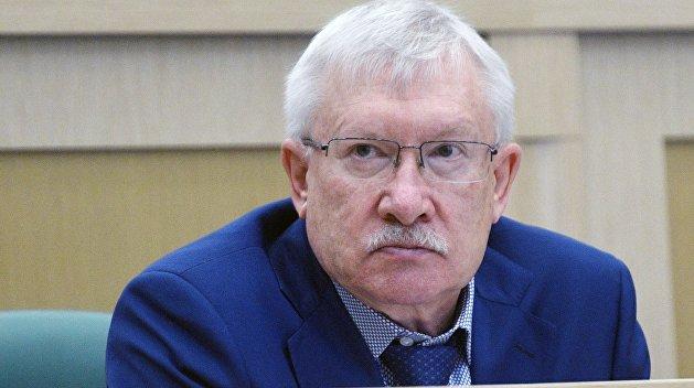 Сенатор: Киев воюет не воюя